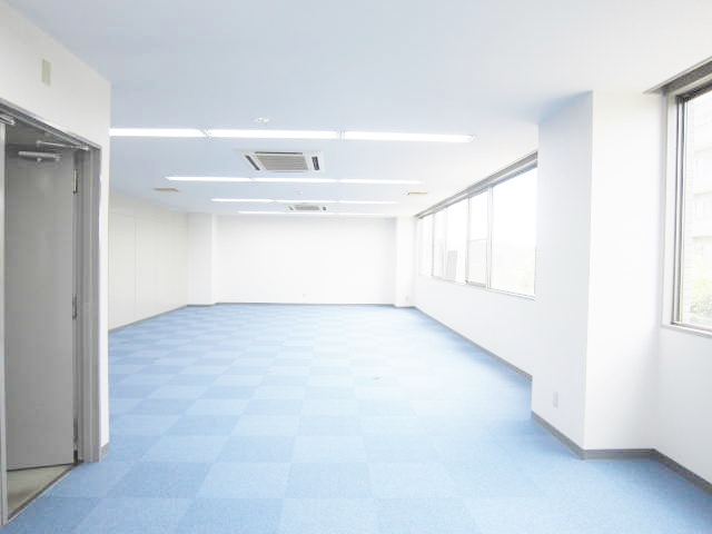 室内24.35坪